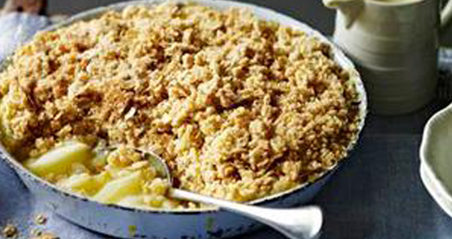 Flaxseed oat apple crumble